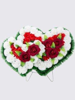 Два сердца - ритуальный венок