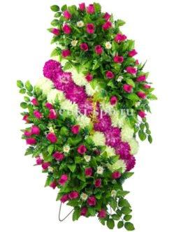 Авторский ритуальный венок из роз и хризантем