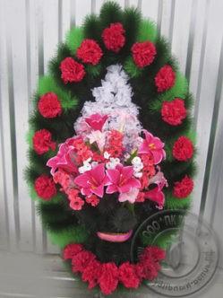 """Траурный венок на похороны из искусственных цветов """"Ваза с лилиями"""""""