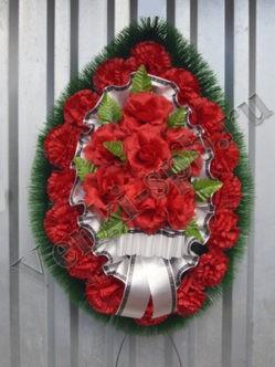 """Траурный венок на похороны из искусственных цветов """"Ладога с розами"""""""