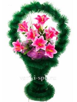 Ритуальная корзина с лилиями