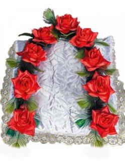 Гирлянда в гроб с красными розами в СПб