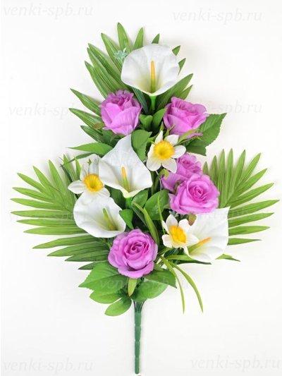 Веерный букет Динне( розы, каллы, нарциссы) – сиреневый - Фото 1 | Компания «Венок»