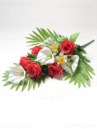 Искусственные цветы Веерный букет Динне( розы, каллы, нарциссы) — малиновый - Фото 1 | Компания «Венок»