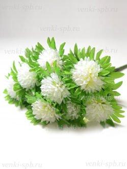 Большой букет искусственной хризантемы на похороны Яник белый