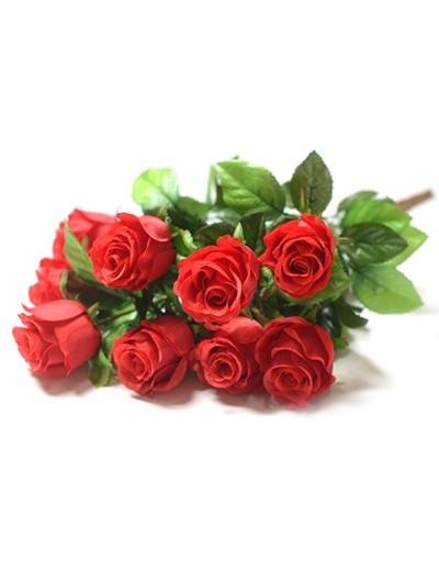 Букет бутонов роз ТРЕНТ- красный - Фото 1 | Компания «Венок»