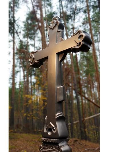 Крест из литого камня с орнаментом - Фото 10 | Компания «Венок»