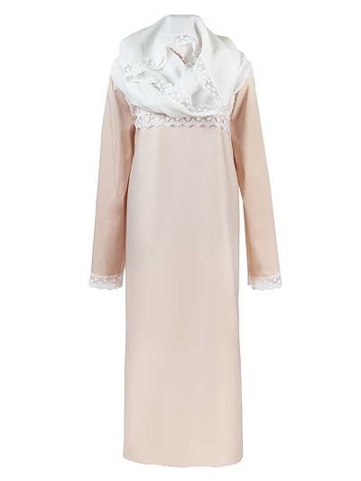 Платье премиум с кокеткой из гипюра и с капором - Фото 2 | Компания «Венок»