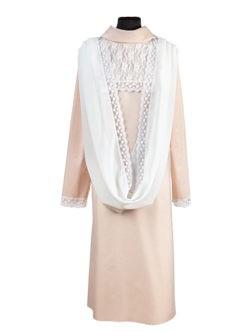 Платье премиум с кокеткой из гипюра и с капором купить в спб